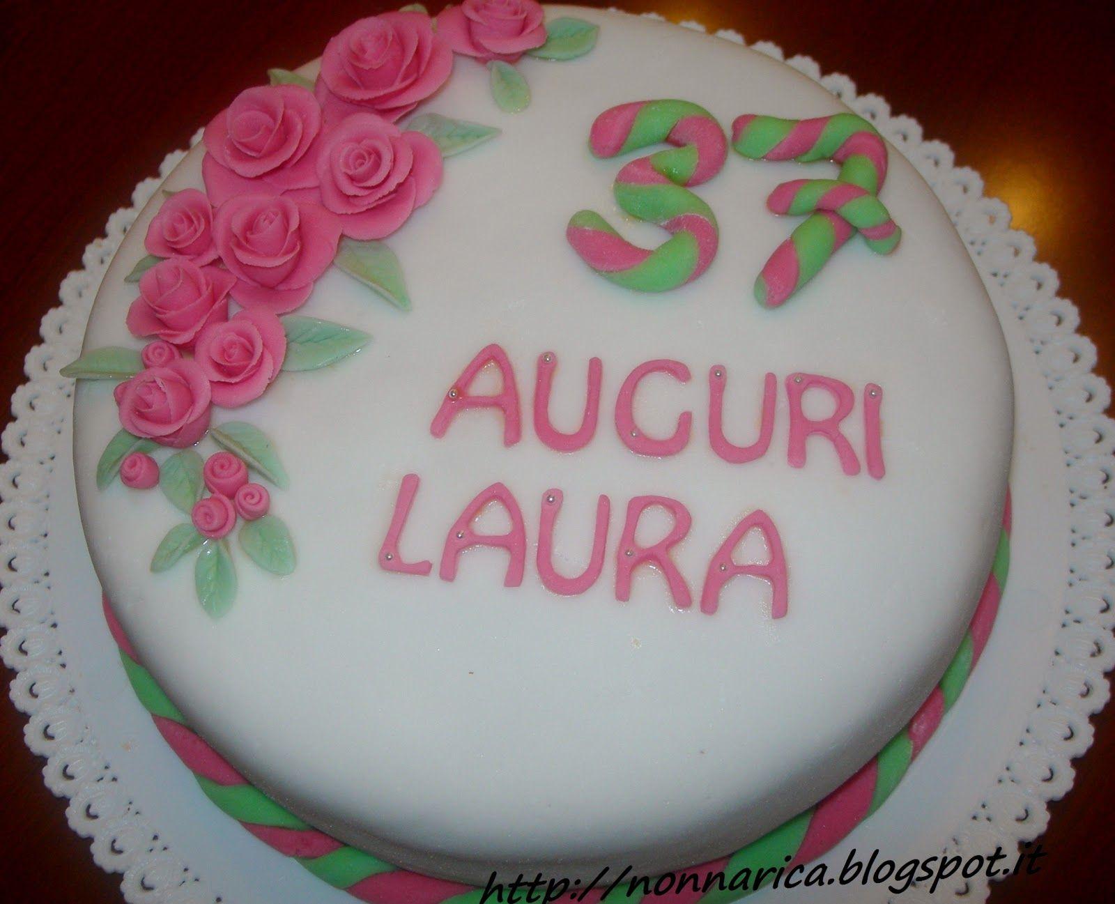 Torta con decorazione in pasta di zucchero nonna rica for Idee per torta di compleanno