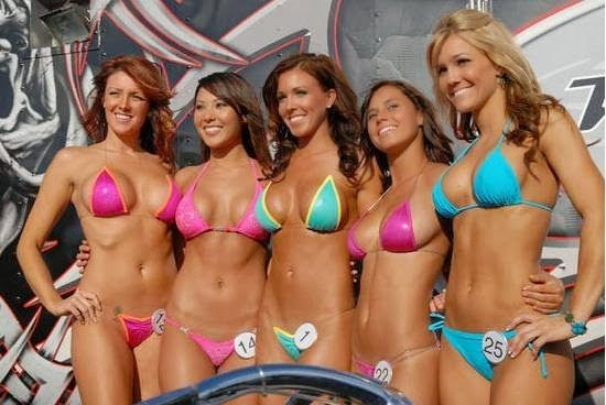bikini-girl-contests-white-shemale-sucking-black-cock