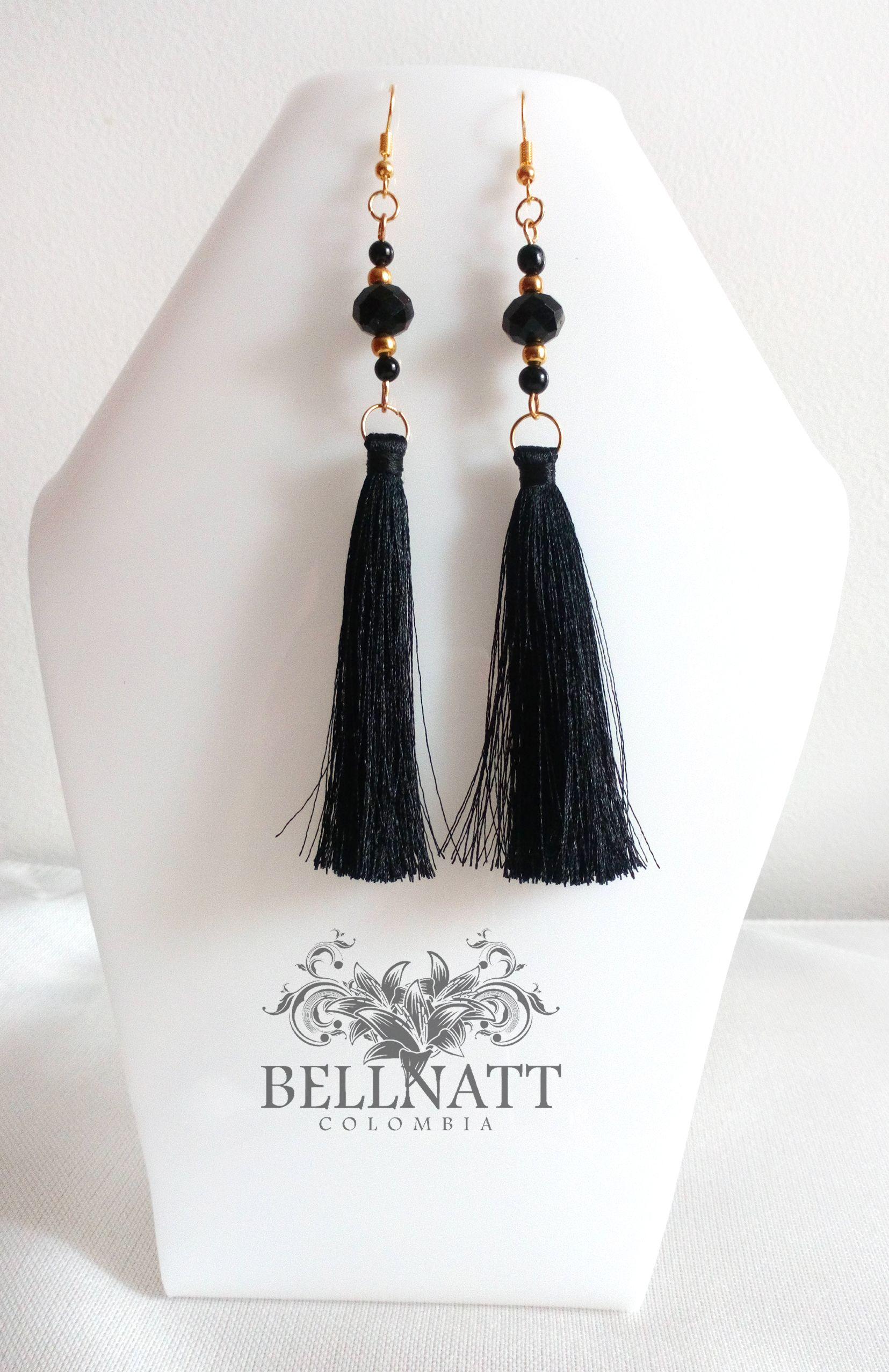 b45f546786b6 Aretes de borlas negras largas  aretes  moda  tumejorestilo  jewelry   elegancia  joyería  plateado  juventud  consientete Precio   15.000 COP  Más ...