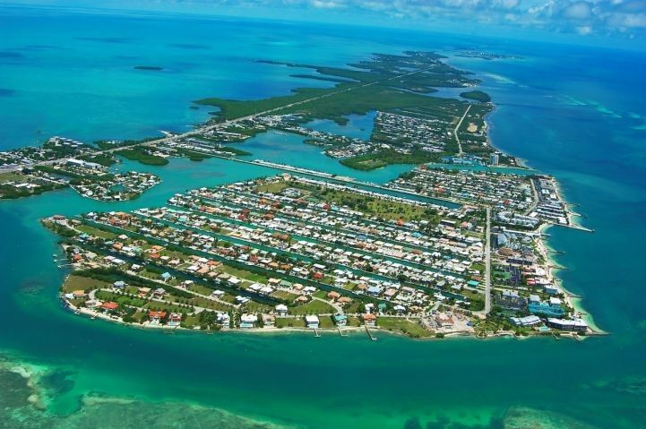 This Is An Image Of Key Colony Beach Fl One The Many Keys Florida I Lived Here For 99 9 My Life Mentality That
