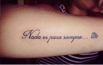 Photo of 20 Tatuajes con frases en español que son verdadera poesía en tu piel