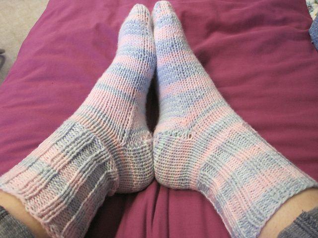 Easy Beginner Sock | Sock patterns, Socks, Knitting socks