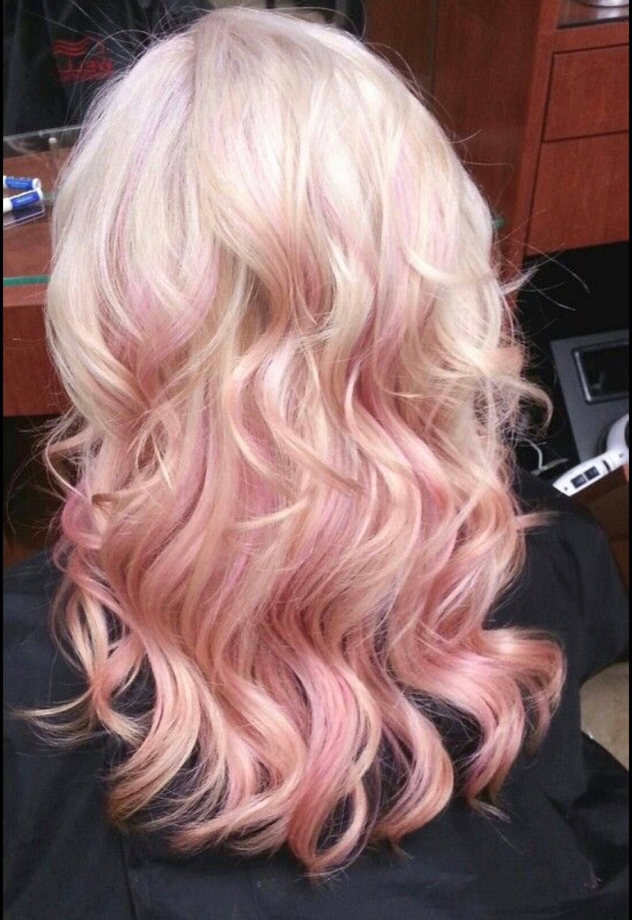 Pin By Melanie Carson On Hair Styles Colors Pastel Hair Highlights Hair Color Pink Blonde Hair With Highlights