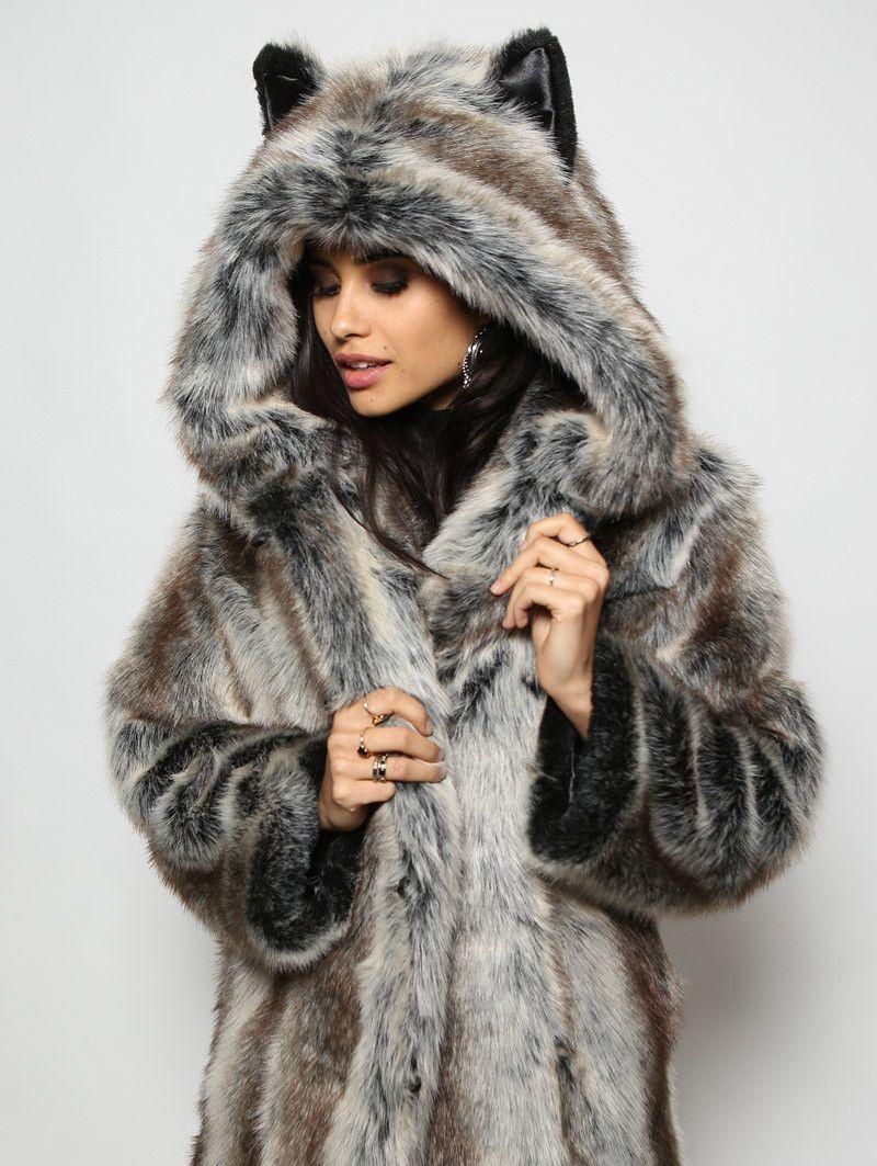 faux fur jacka med luva