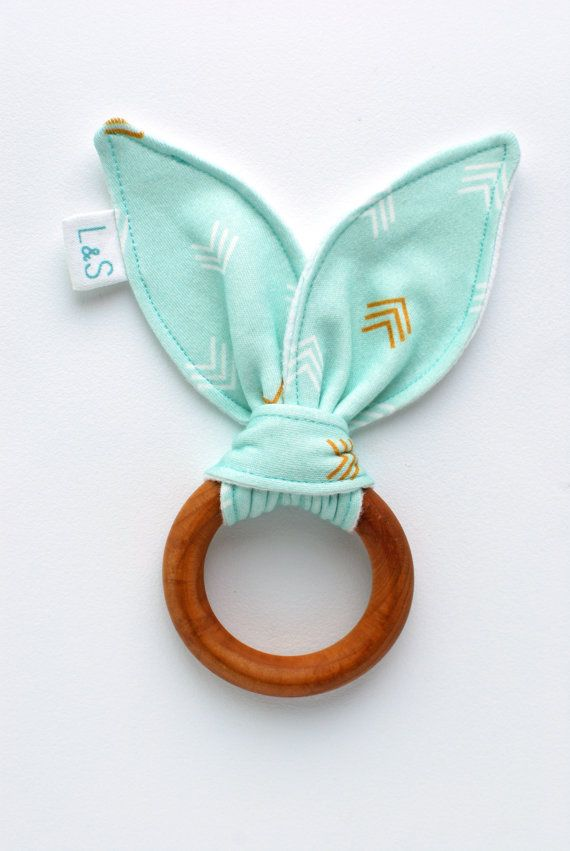 Wooden Teether Baby Teething ring.Mint chevron