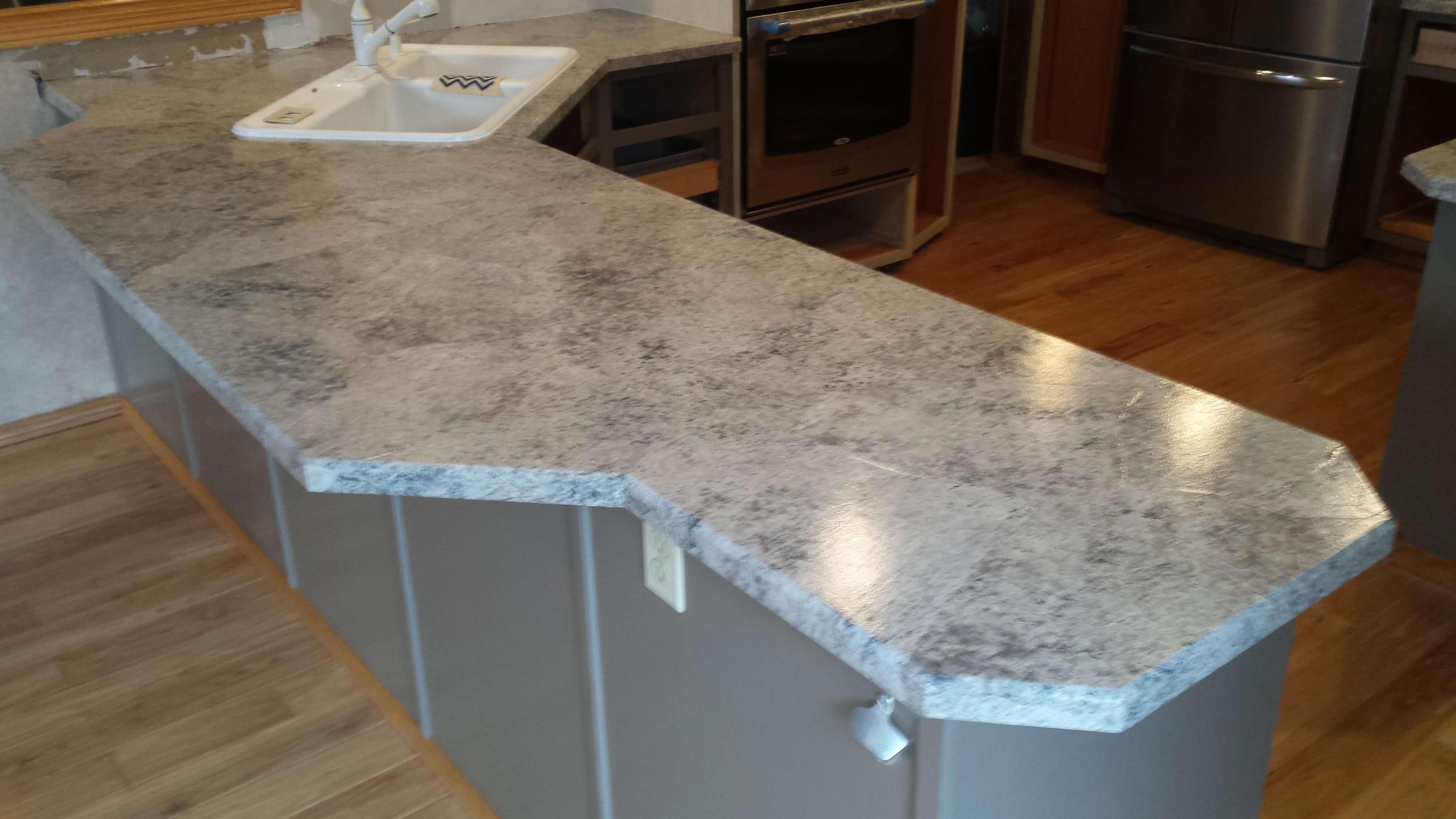 Laminate Resurfacing Diy Affordable Easy To Achieve Hand Painted Paper Countertop Solution 25 Colors