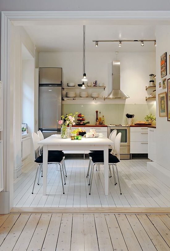 Eat In Kitchen Ideas For Small Kitchens Part - 22: 32 Brilliant Hacks To Make A Small Kitchen Look Bigger