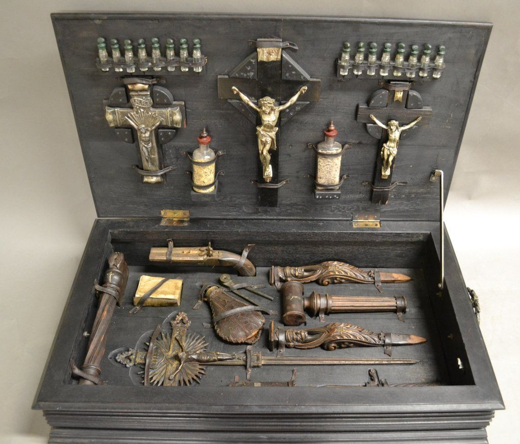 Vampire Hunting Kit In Hand Painted Box On And Now For