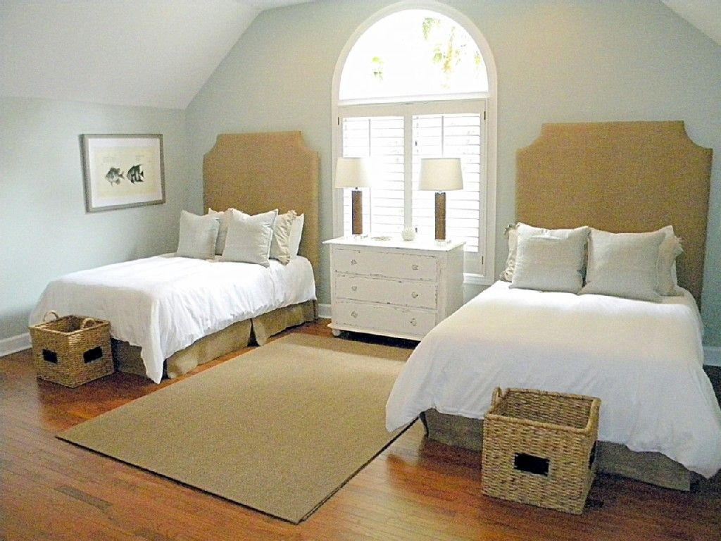 2 floor bed second floor bedroom with two full beds small guest bedroom guest bedrooms 168