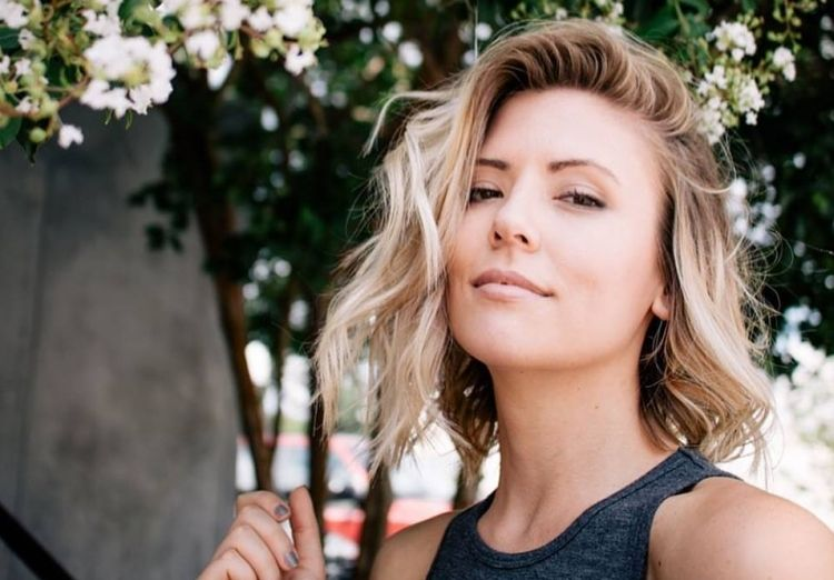 According To Spoilers, One Of Nick Viallu0027s Season 21 Bachelor Contestants  Is Danielle Maltby, Who Has A Tragic Backstory.