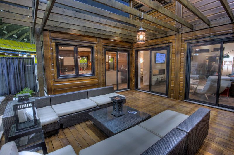 Outdoor Living Space Is Becoming More And More Popular This Is Timber Block S Sonoma Model From The House Design Contemporary House Design Contemporary House