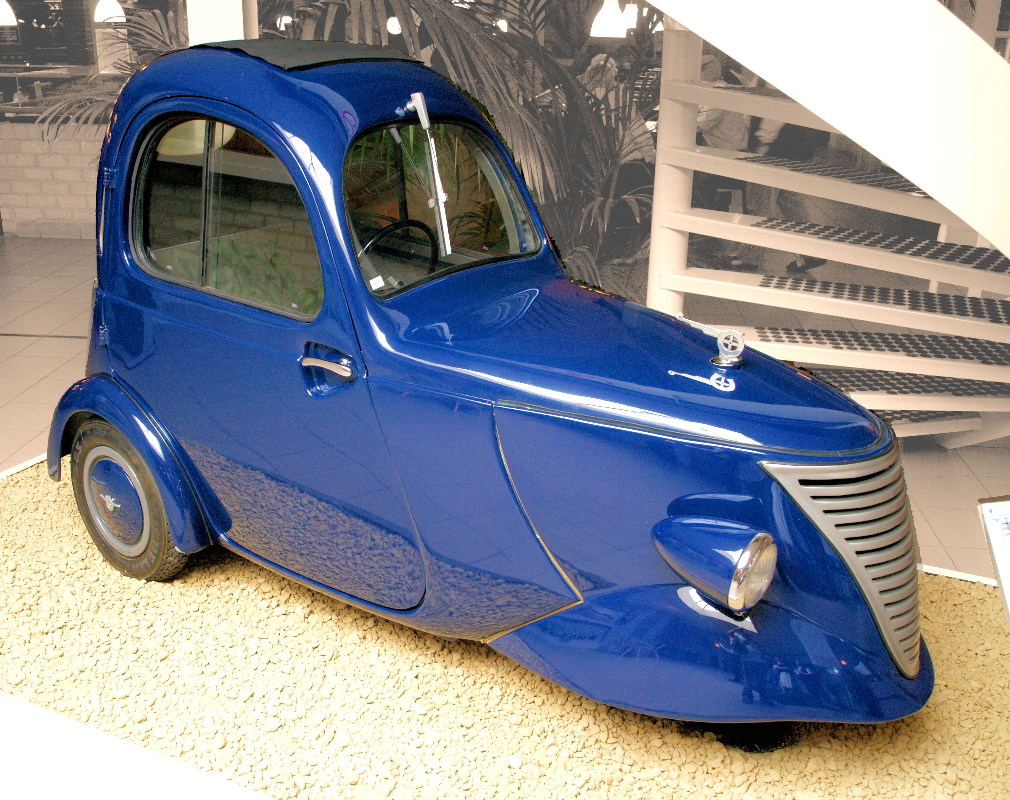 1941 DAF, one person city car nicknamed 'The Raincoat