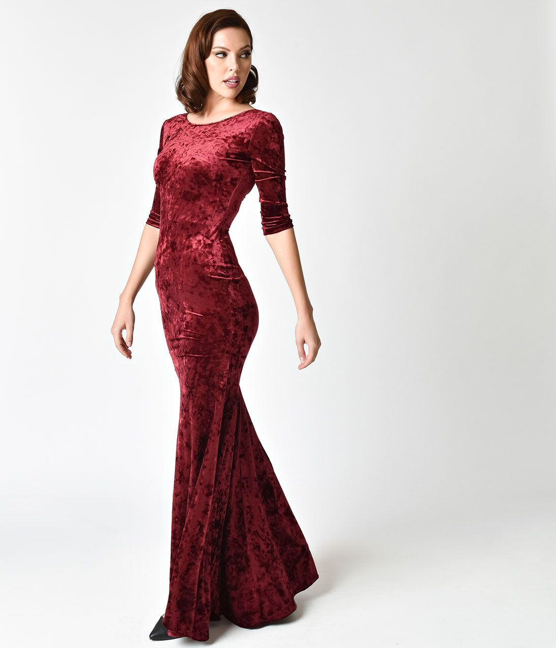 Vintage Evening Dresses And Formal Gowns Style Burgundy Crushed Velvet Sleeved Maxi Dress