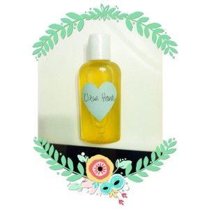 easy diy handsanitizer. Using YL oils. 4 ingredients