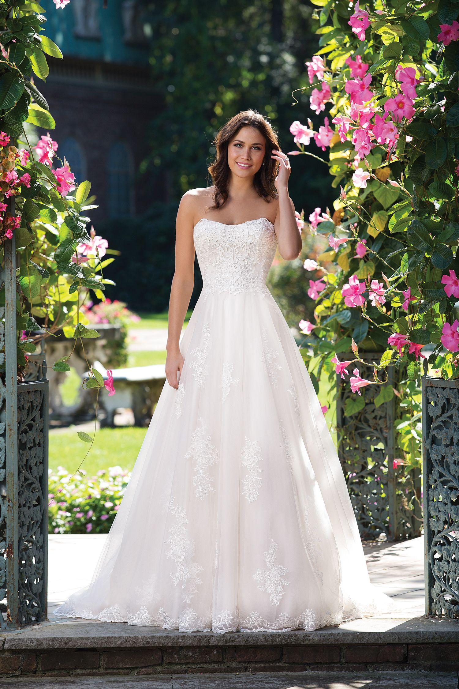 Épinglé par a l infini mariage sur robe de mariee | pinterest | idée