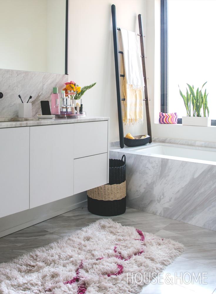 DIY Bathroom Makeover Ideas + Contest To Win Kapitza For ...