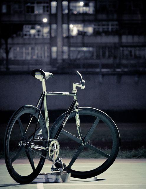 Fixie Fixedgear Bike Fixed Board Pinterest Fixie Bike And