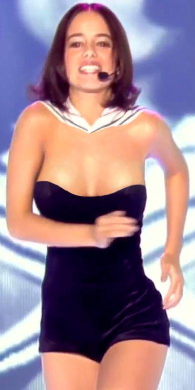 Alizee boob