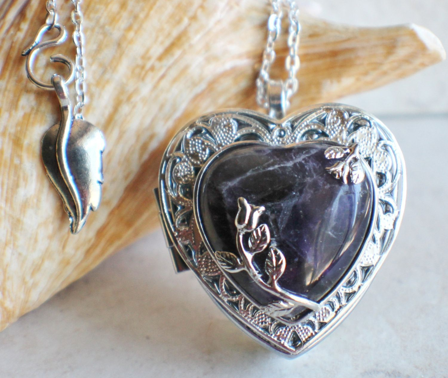 Amethyst quartz music box locket bisutera cristales y accesorios amethyst quartz music box locket aloadofball