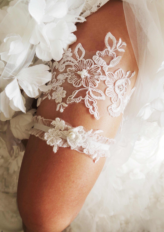 Gift For Wedding Gift For Brides Ivory Garter Bridal Lace Garter Set Garter Set White Garter Set Bridal Garter Ivory Keep Garter