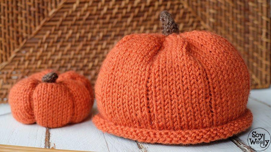 Gorro de Calabaza en dos agujas para Halloween | Woven caps ...