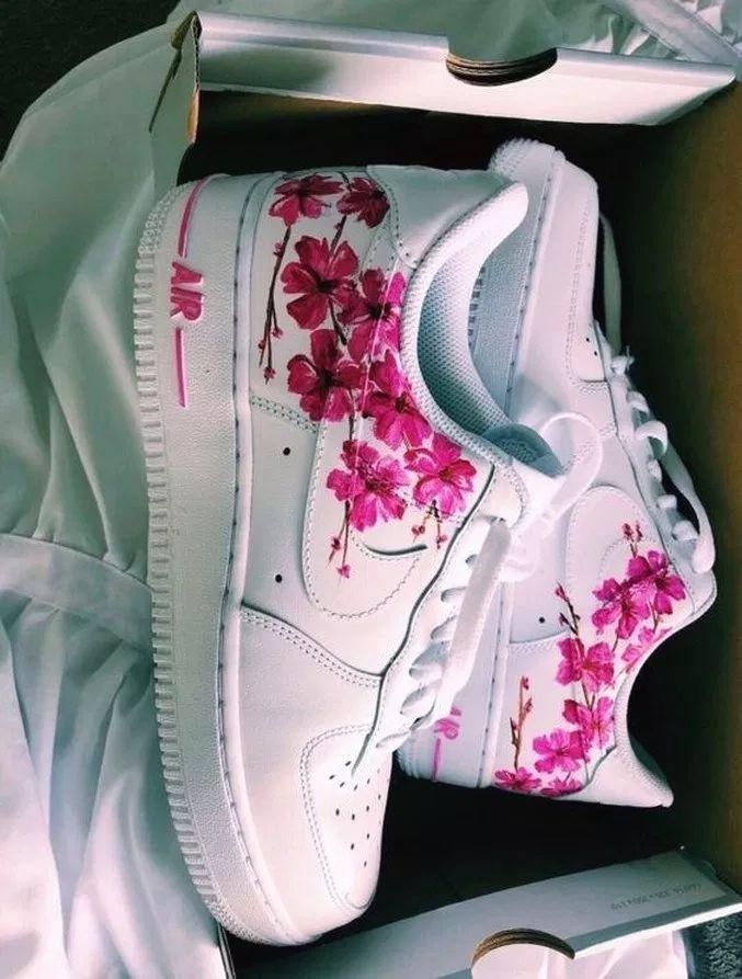 Pin by Ambria on ♡shoes♡ (2020) | Custom nike shoes