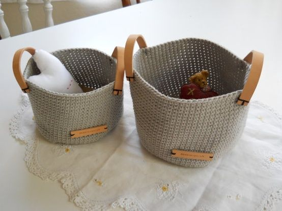 Crochet baskets. Leather details make those baskets look a lot more sophisticated