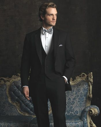 #GentlemansGuide, Soiree Prom & Tux, tuxedo, groom, sample viewing, men's fashion