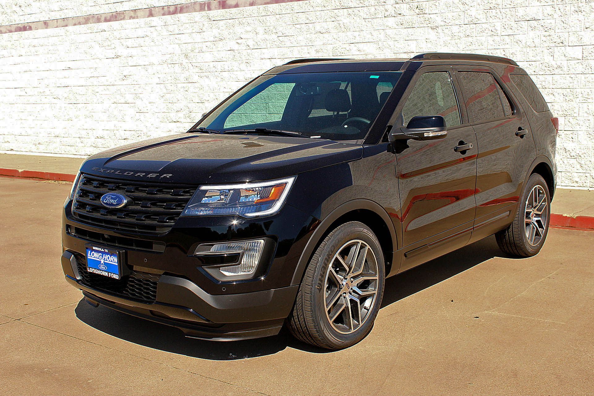 17 Ford Explorer Blackout With Images New Ford Explorer