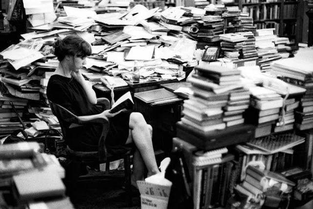 Los cuadernos de Vogli: Chris Lowell«Al igual que la literatura, la música...