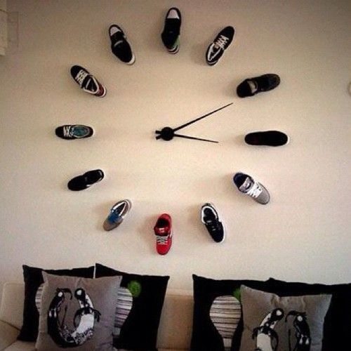 Brilliant wall clock idea perfect for a teenage boy or for Zimmerdekoration diy