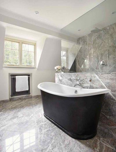 Bathroom Divider Walls And A Drummond Bath