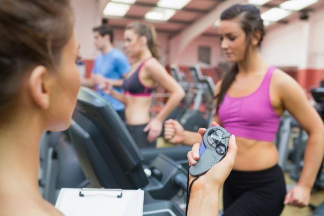 Cómo hacer una rutina de ejercicios para mujer - IMujer
