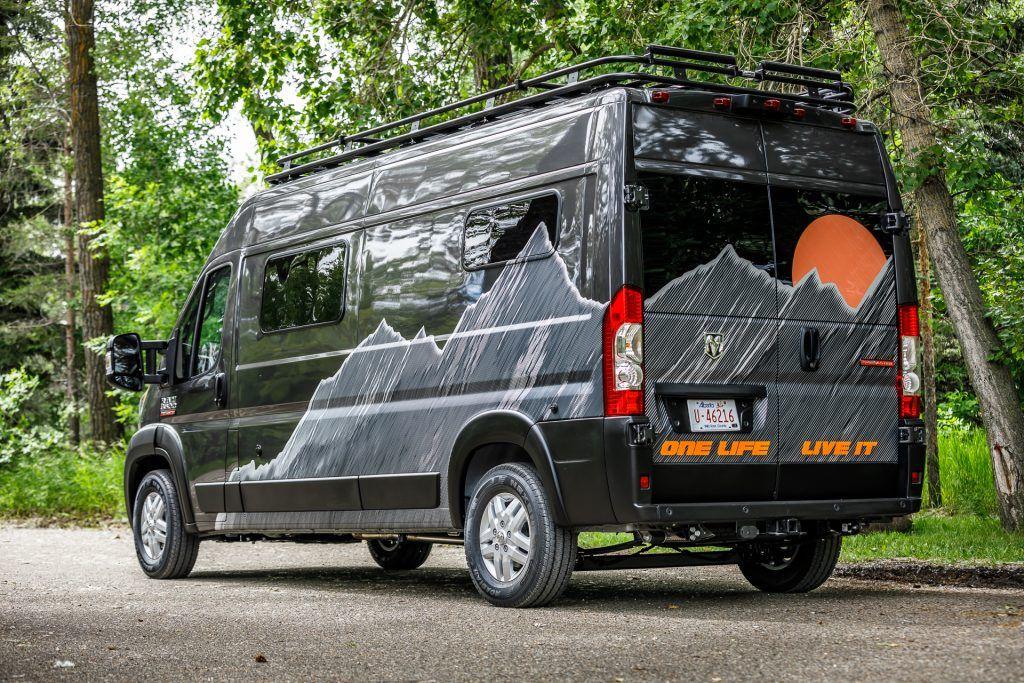 2019 Ram Promaster 3500 High Roof 159 3437 Gladstone Custom Wilderness Vans In 2020 Ram Promaster Gladstone Roof