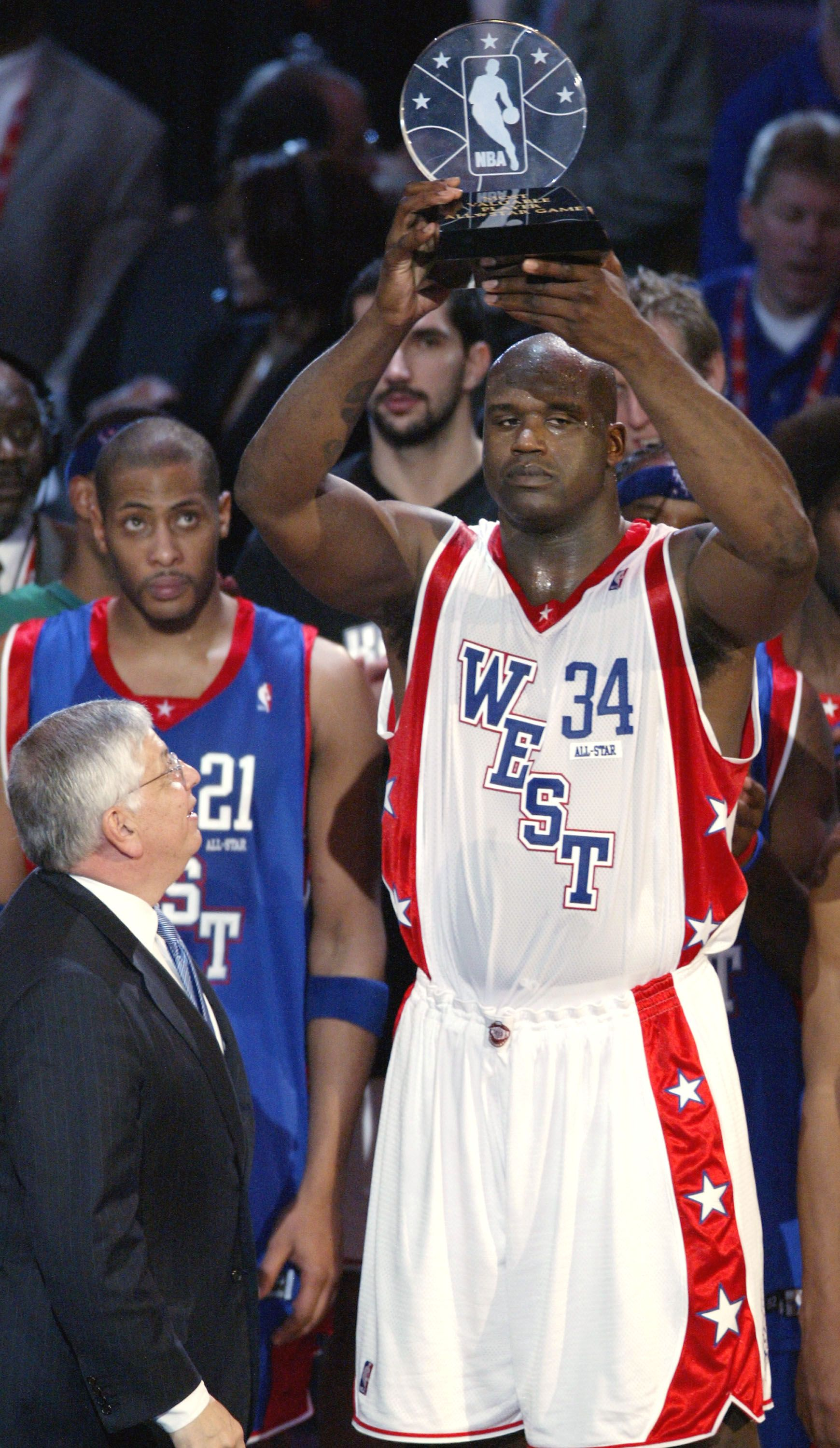 Shaquille O'Neal of the home team LALakers was named MVP