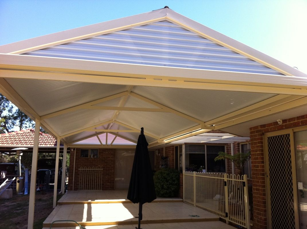 Pergola Gable End Screen | Plastic Roof Panel Installed Horizontally
