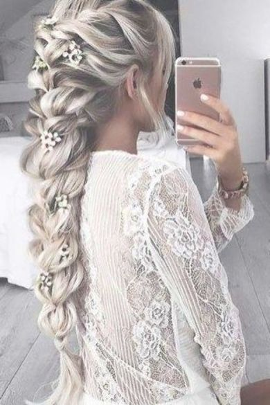 Charming loose braided bridal hairstyles ideas 45 #loosebraids Charming loose braided bridal hairstyles ideas 45 #loosebraids