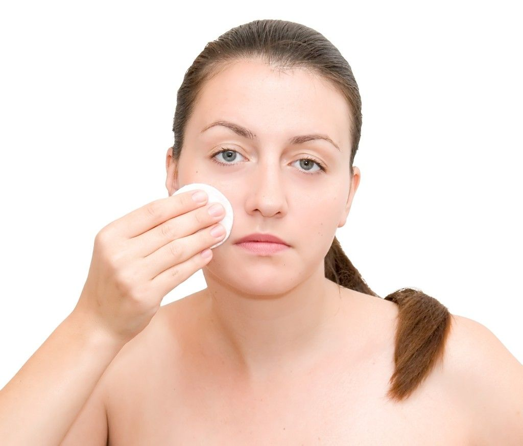 7 tips to prevent acne breakouts