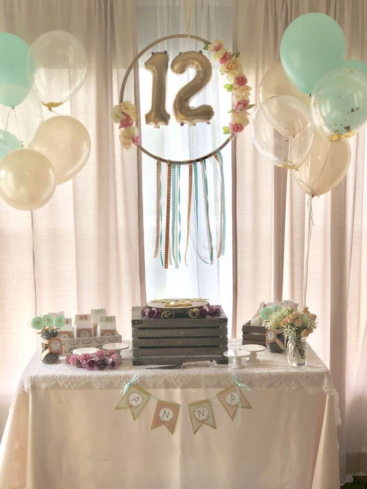 Young Wild And Tween Catchmyparty Com In 2020 Chic Birthday Party 12 Year Old Birthday Party Ideas Girl Birthday Decorations
