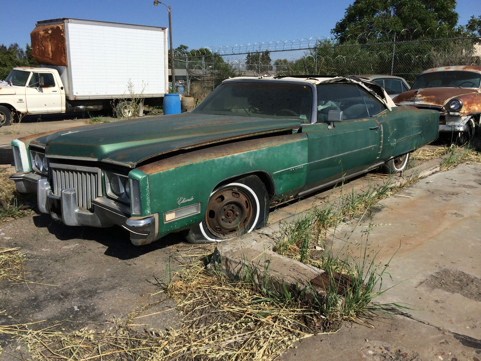 1971 Eldorado Convertible | Barn Finds,Junk Yard Cars etc ...