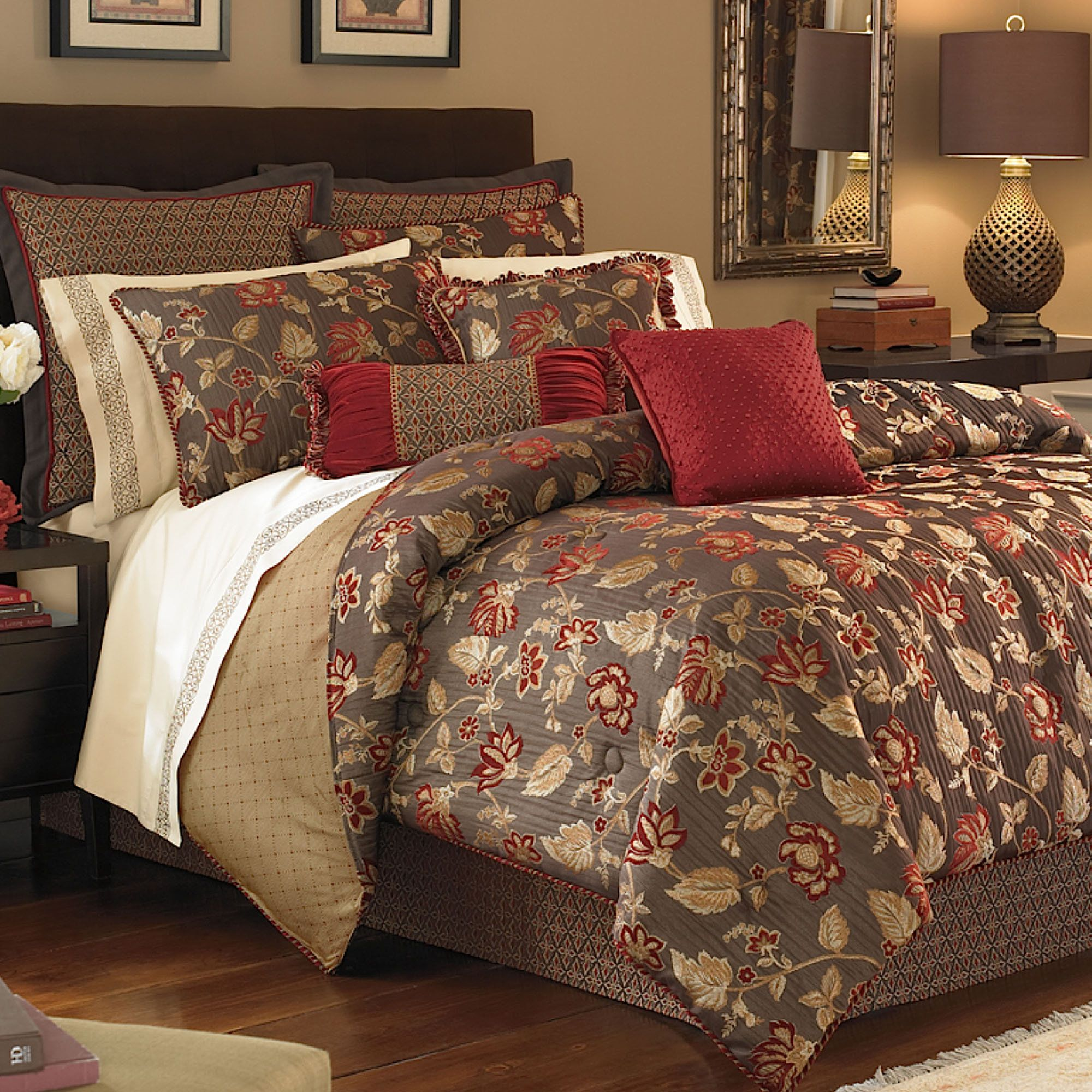 Our Discontinued Croscill Bedding Typically Offers Cotton Or Sa Sheet Sets With 300 Threads Per Square Inch Description From Touchofcl Com