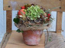 Herbstgesteck im Tontopf #herbsttischdekorationen