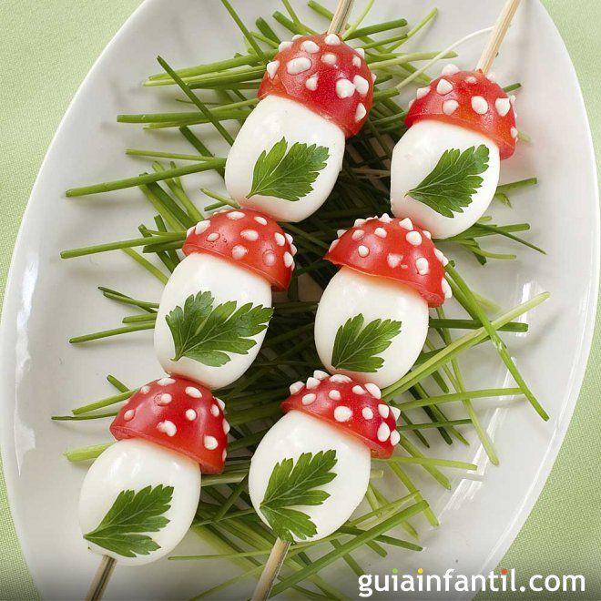 Pinchos de setas hechas con huevos y tomates para ni os for Setas para decorar