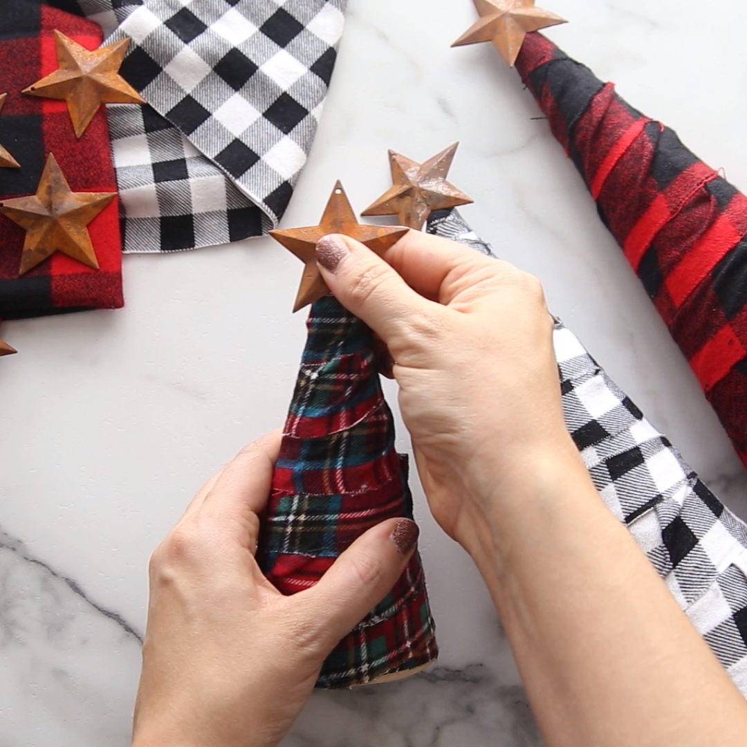 DIY Flannel Trees #christmascraftstosell