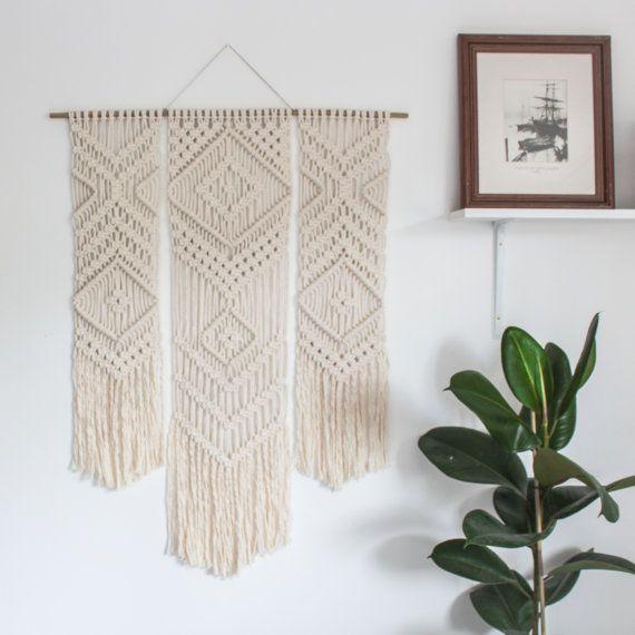 makramee wand h ngen trio ecru recycelt baumwollkordel mit bambus home inspirations. Black Bedroom Furniture Sets. Home Design Ideas