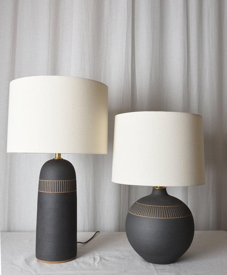 Matte Black Round Etched Lamp Mmhp Ceramics Lamp Black Lamps Ceramic Table Lamps