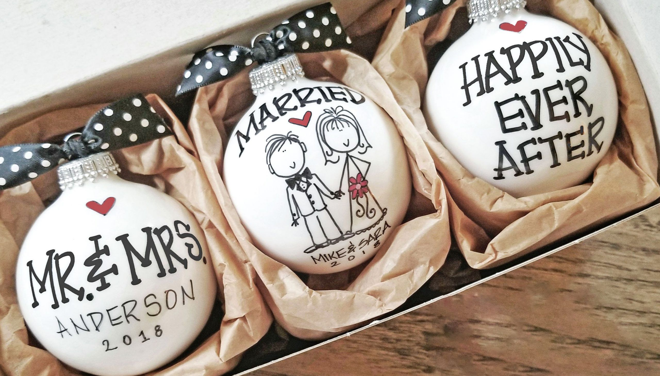 Personalized Gifts For Wedding Couple in 2020 Diy
