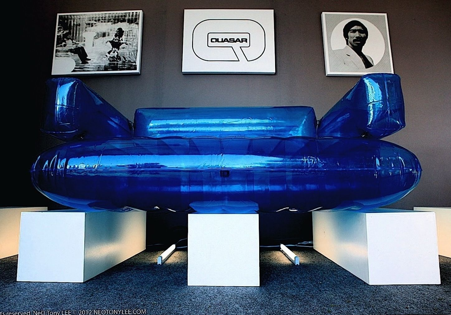 Inflatable furniture  Chesterfield inflatable sofa at Quasar Khanhus exhibition