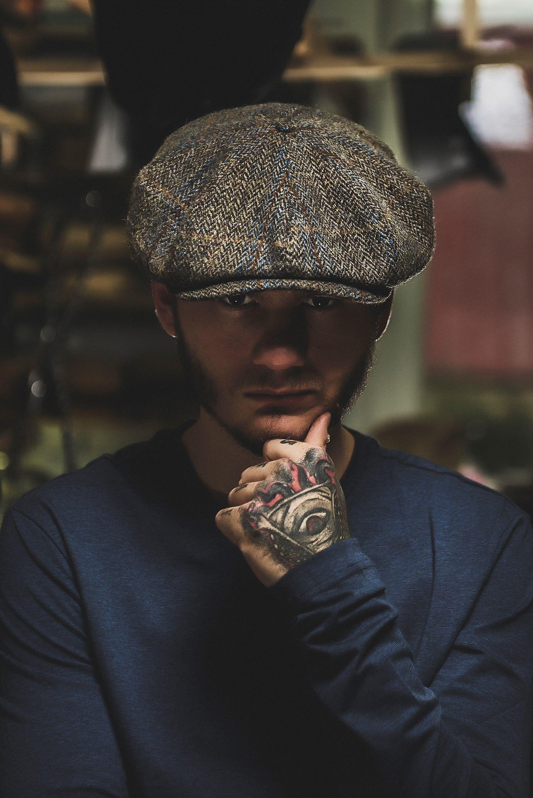 fbdc030b A vintage style Peaky Blinders cap, made of genuine Harris Tweed (100% wool