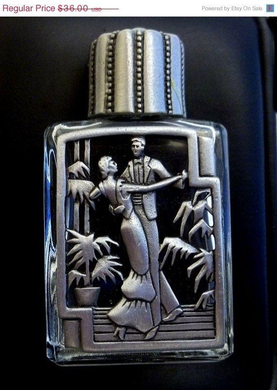 Bilderesultat for 1980 french perfume in frosted glass